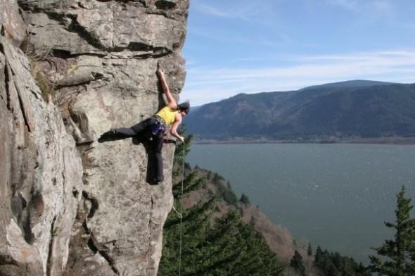 J-kellams-climbing-590x392